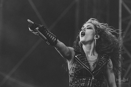 [ Arch Enemy - Alissa White-Gluz ]