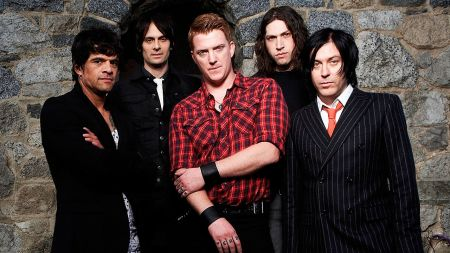 [ Queens of the Stone Age ]